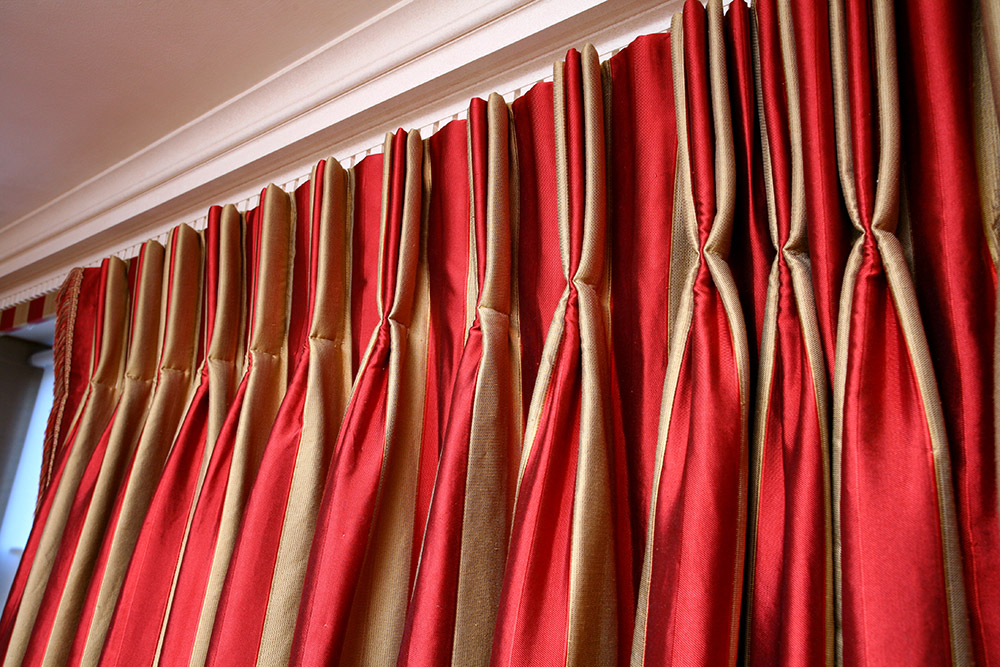 Pinch Pleat Heading; decorative; hand-sewn; luxurious, tailored; gathered; hand pleated