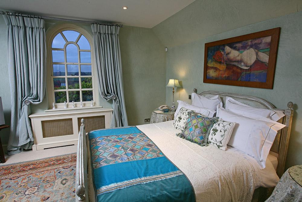 Curtains; Curtain design; Handmade curtains; Bespoke curtains; Bedspreads;     Interiors; Interior design; Soft furnishings; Soft furnishing designer; Soft furnishings design