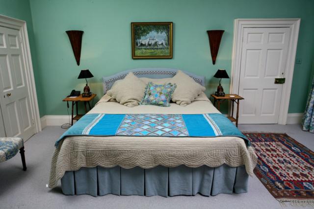 Headboards; Bed valances; Bedspreads; Interiors; Interior design; Soft furnishings; Soft furnishing designer; Soft furnishings design