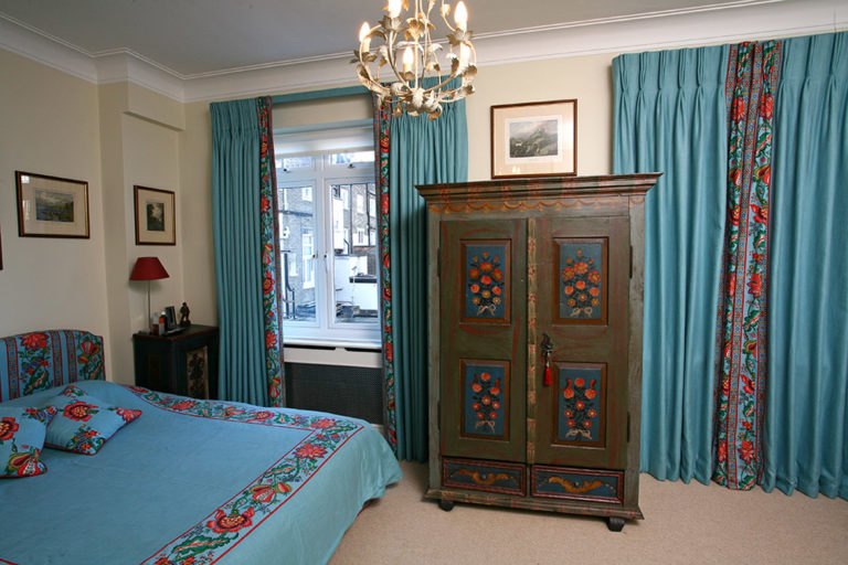 Interiors; Interior design; Soft furnishings; Soft furnishing designer; Soft furnishings design; Curtains; Curtain design; Handmade curtains; Bespoke curtains; Swags and Tails; Workshop; French pleats; pencil pleats; Cartridge pleats; Cone pleats; Gathered pleats; Box pleats