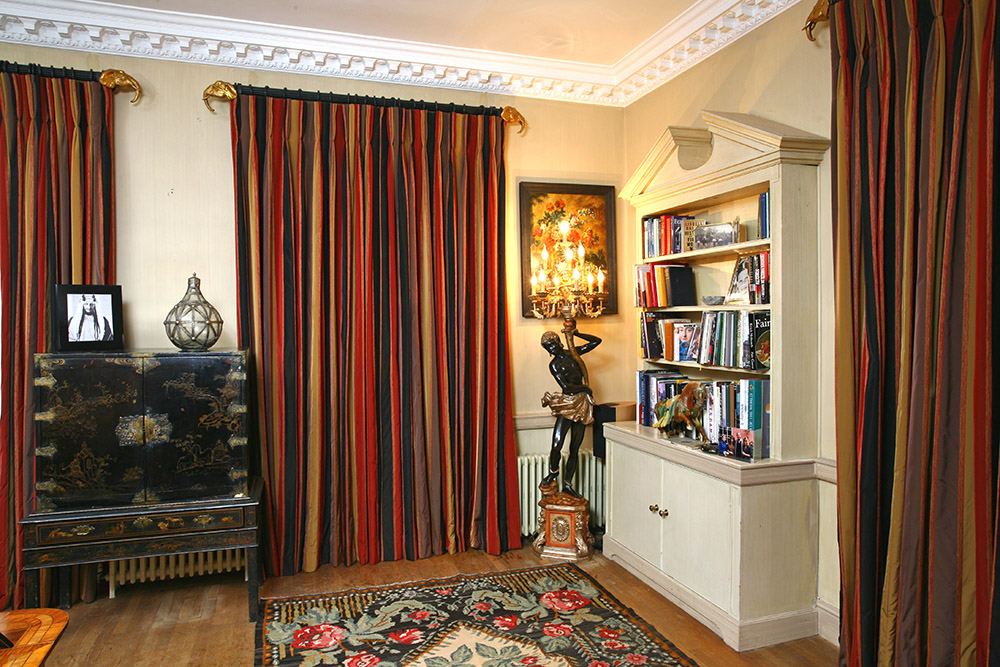 Curtains; Curtain design; Handmade curtains; Bespoke curtains; Workshop; French pleats; pencil pleats; Cartridge pleats; Cone pleats; Gathered pleats; Box pleats